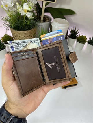 SMART CARD CASE BROWN